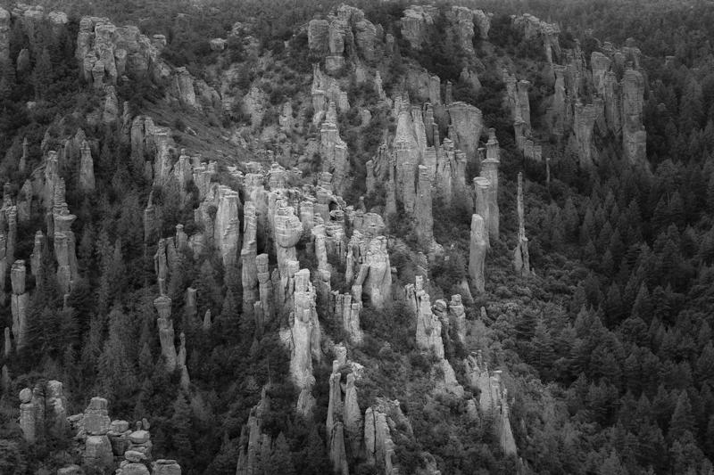 Fotografie Ulla Schaefer aus Leipzig - Arbeiten aus dem Bereich Land - Berg & Fels Monochrom